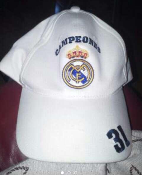 Imagen gorra real madrid