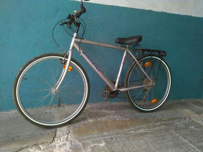 Imagen bicicleta de paseo carretera de 18 velocidades