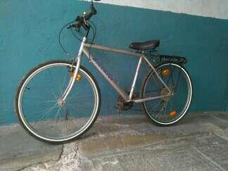 Imagen producto Bicicleta de paseo carretera de 18 velocidades 3