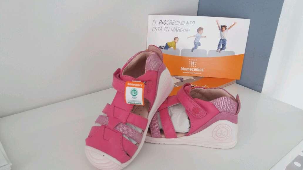 Imagen zapato niña color rosa