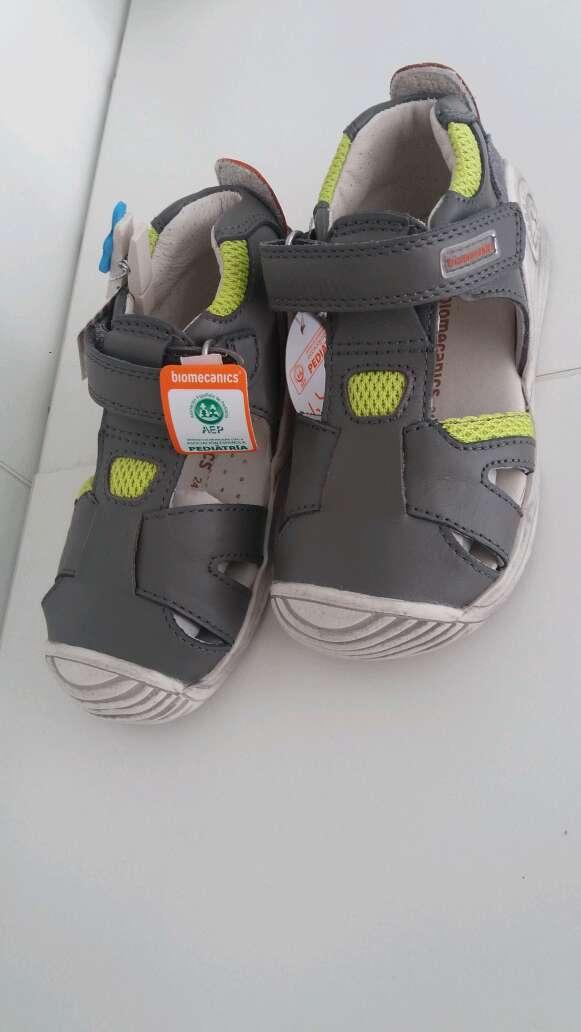 Imagen producto Zapato niño de marca 3