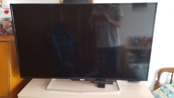 Imagen Vendo monitor Philips  4k 39,5 pulgadas