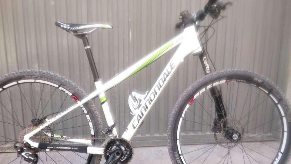 Imagen producto Bicicleta de montaña cannondale f29 4