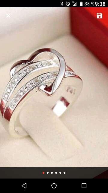 Imagen anillos de compromiso