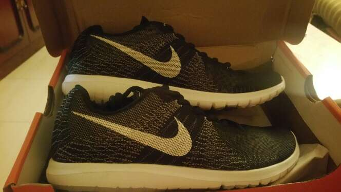 Imagen zapatillas Nike talla 40