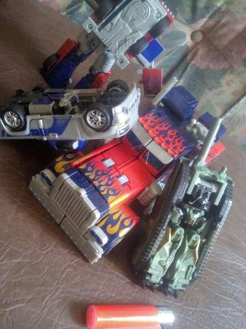Imagen producto Juguetes serie infantil de Transformers 3