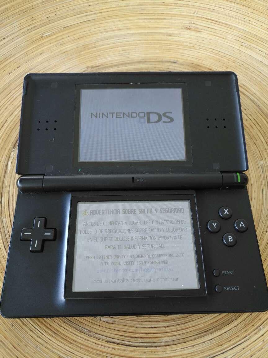 Imagen Consola Nintendo DS Lite - Color Azul Cobalto/Negro