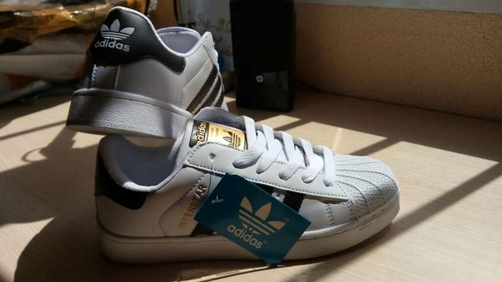 Imagen producto Zapatillas Adídas Superstar 2