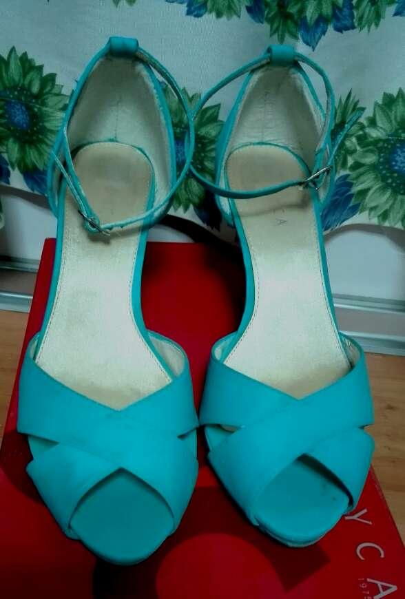 Imagen Zapatos turquesa mujer