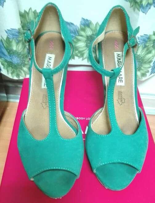 Imagen zapatos verde mujer
