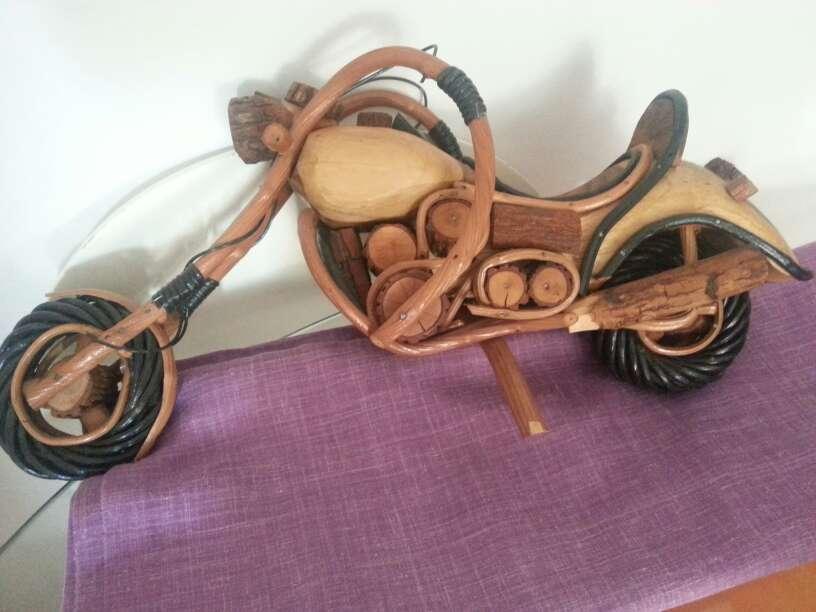 Imagen producto Moto decoracion cope echa en madera y caña muy elegante  1