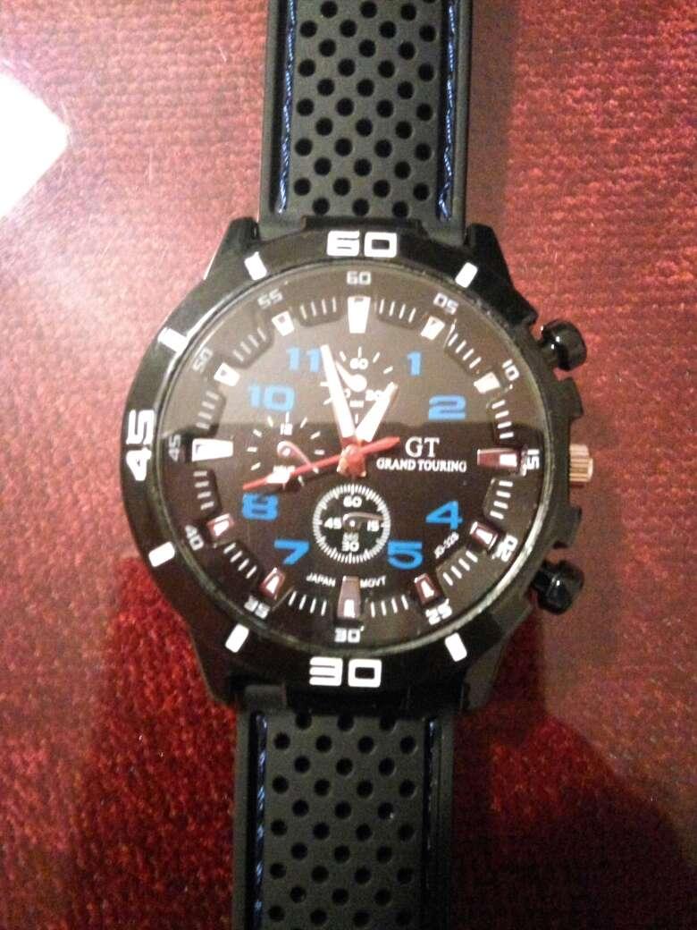 Imagen reloj deportivo nuevo