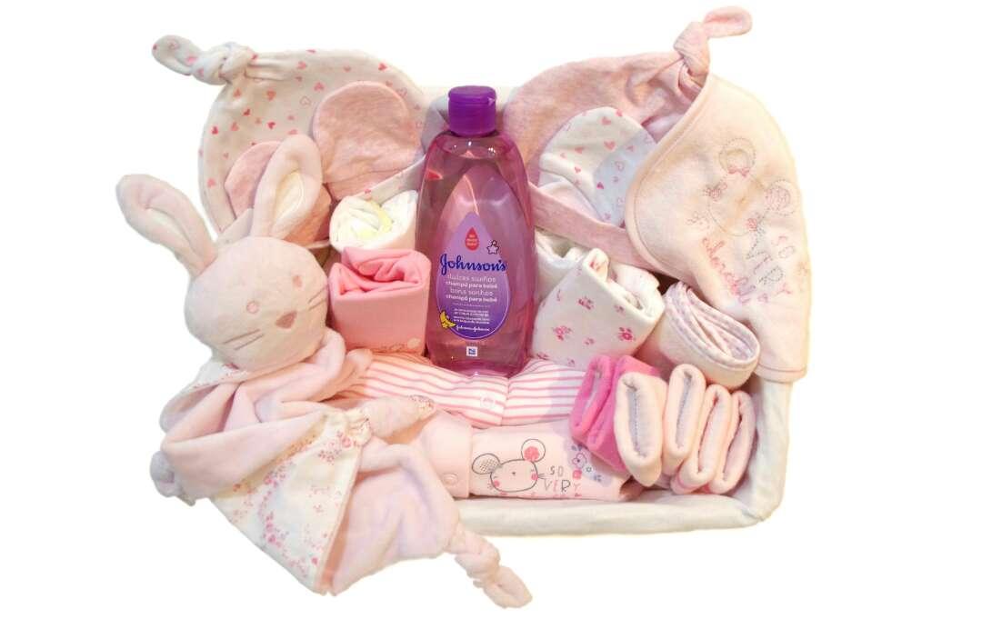 Imagen producto Cesta Bebé Rosa Dulce Ensueño. De 0 a 3 meses. 1