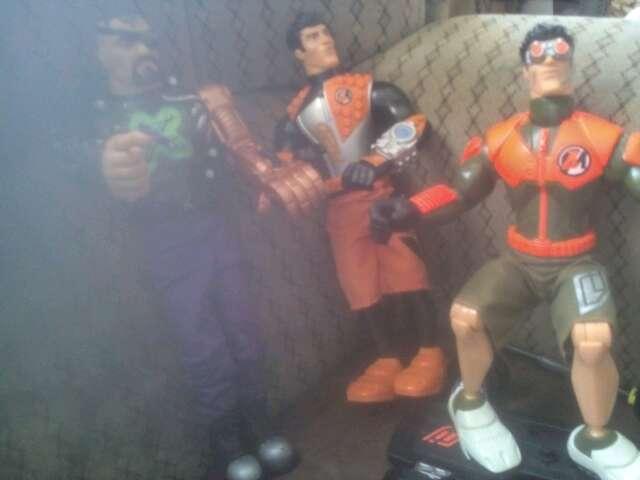 Imagen tres unidades, action-man