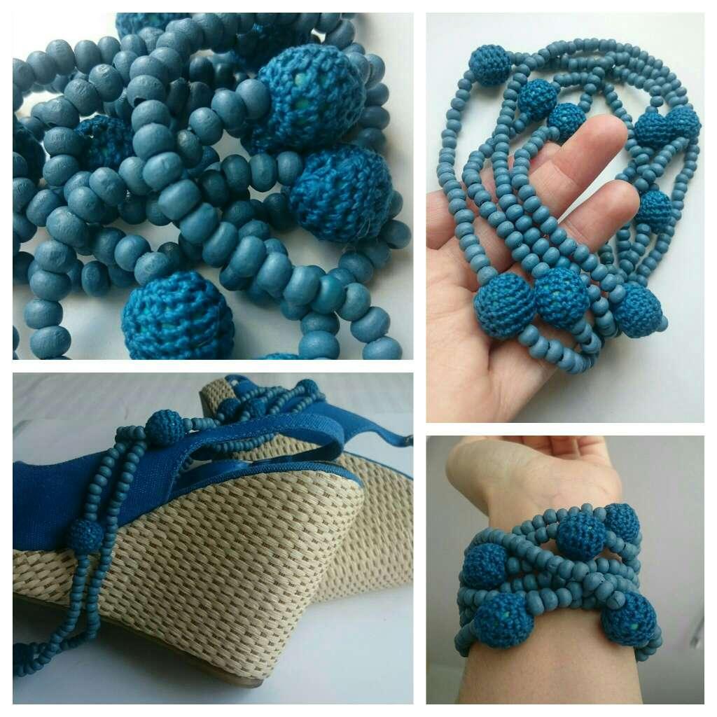 Imagen producto Cuñas mimbre y Collar Crochet azules  3