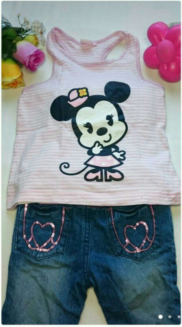 Imagen Camiseta Minnie Jeans lentejuelas