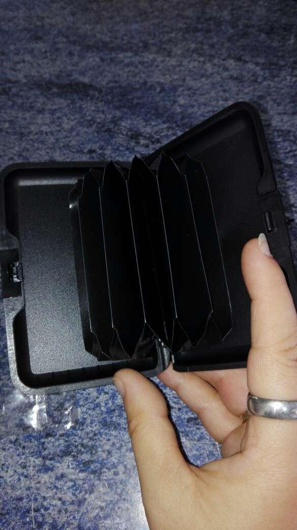 Imagen producto Tarjetero para meter las tarjetas nuevo sin estrenar 3