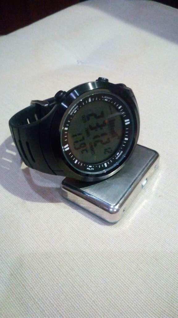 Imagen producto Reloj multifunción deportivo resistente al agua 50 3