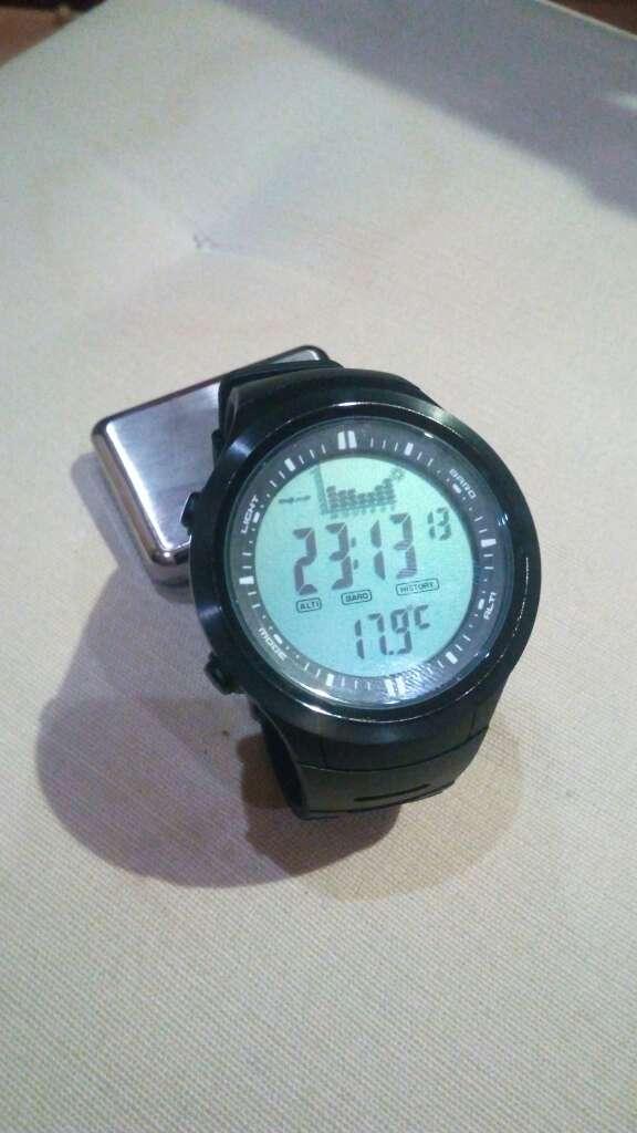 Imagen producto Reloj multifunción deportivo resistente al agua 50 2