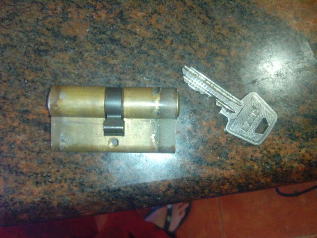 Imagen producto Bombin de seguridad 3