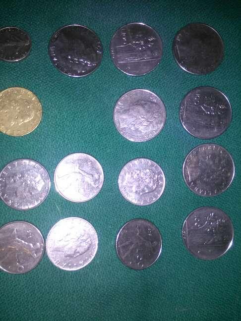 Imagen monedas italianas