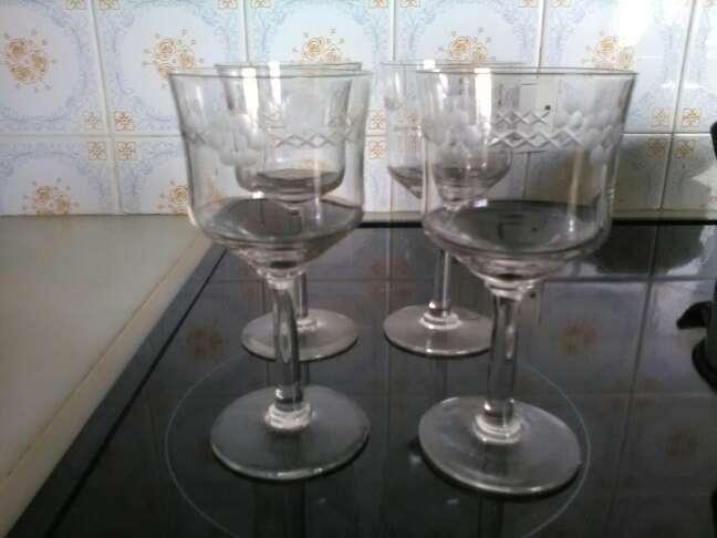 Imagen cuatro copas antiguas