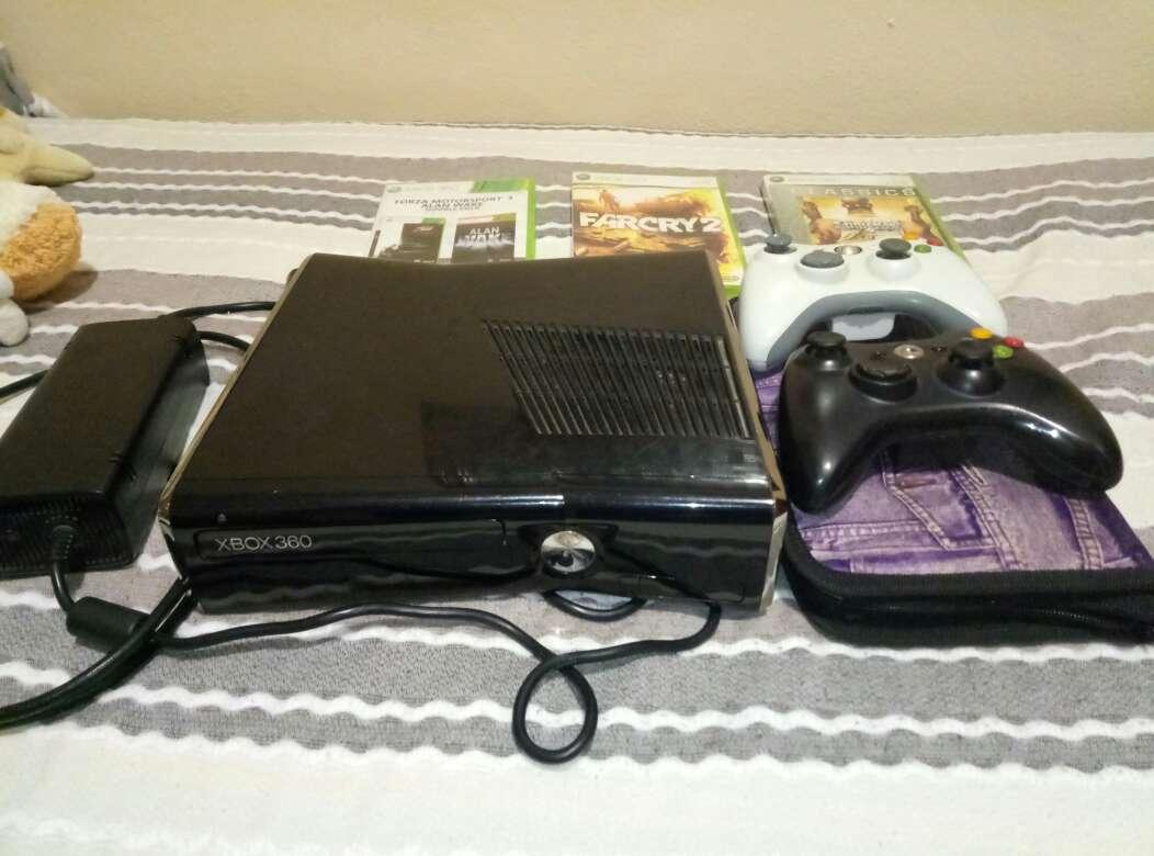 Imagen Xbox 360 S 250Gb