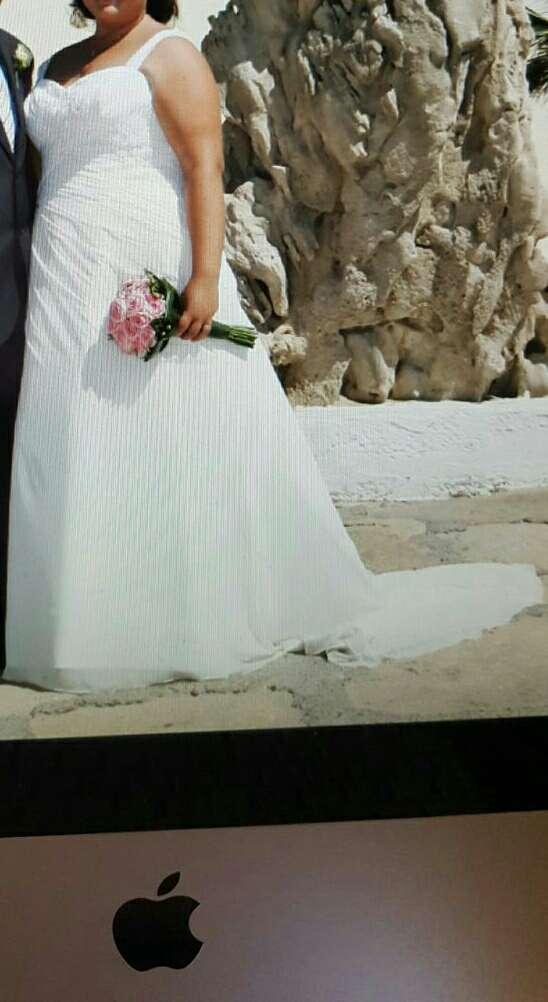 Imagen traje de novia (pronovia )