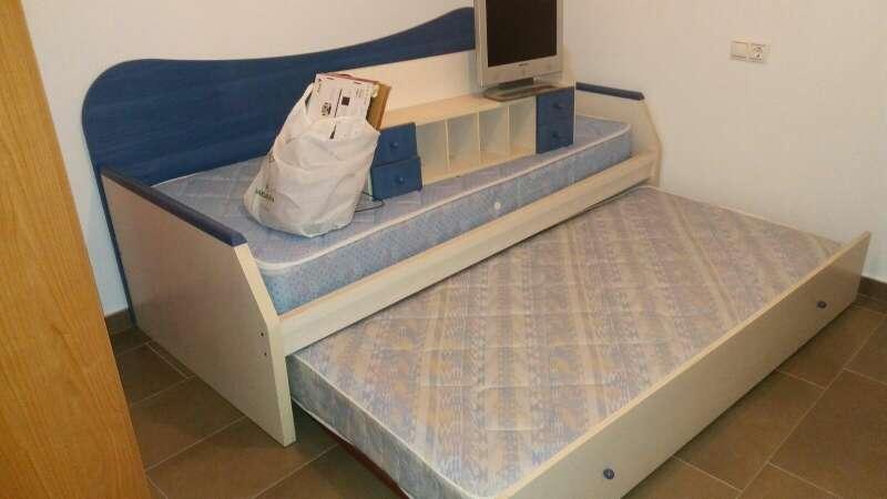 Imagen cama nido con colchones