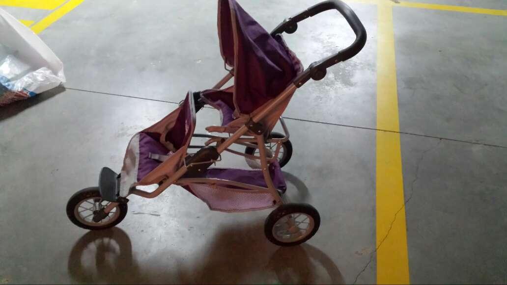 Imagen silla de gemelos(juguete)