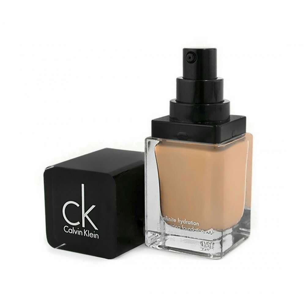 Imagen producto Maquillaje fluido Calvin Klein 3