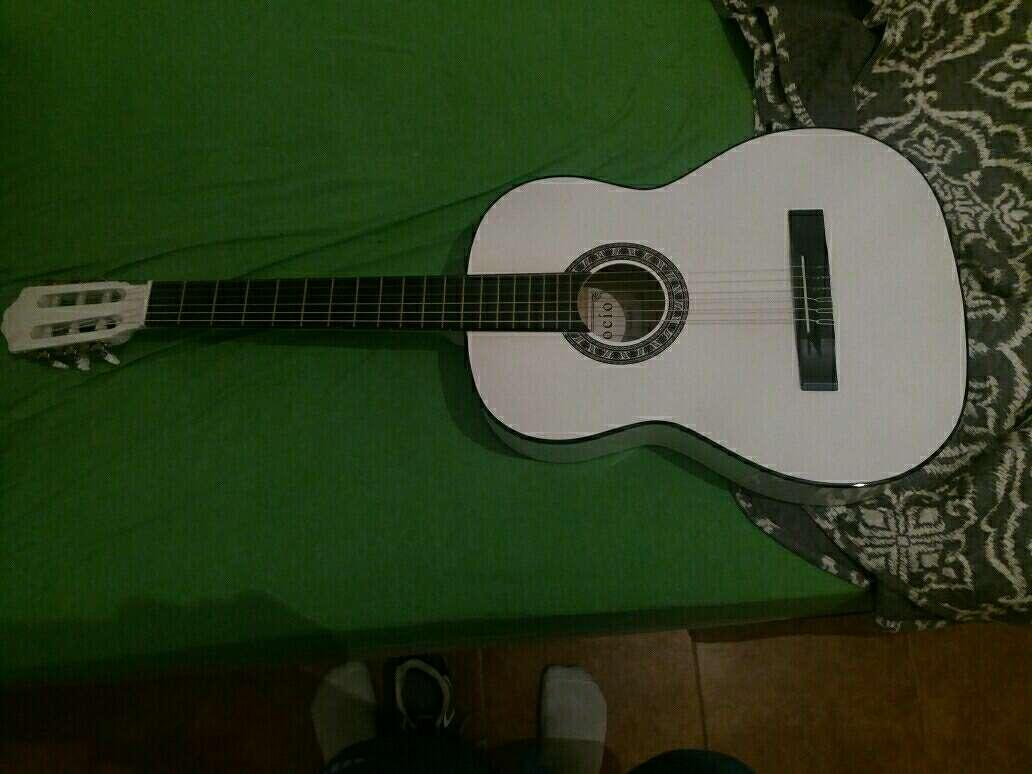 Imagen Guitarra (Rocio)