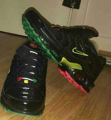 Imagen zapatillas Nike tn 35 euros