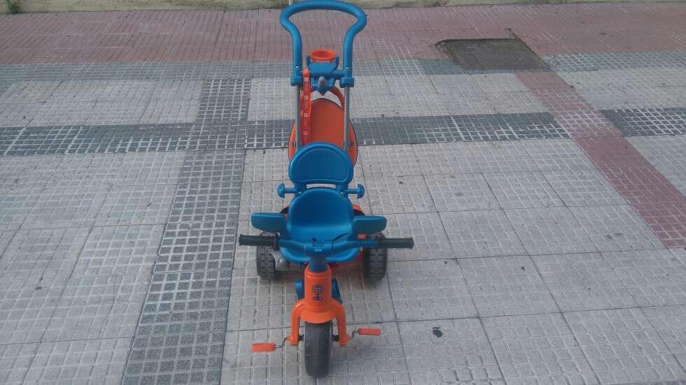 Imagen Triciclo Febe beby ,plus music practicamete nuevo.