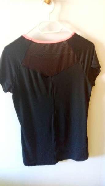 Imagen producto Camiseta deportiva talla L 2