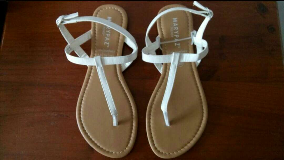 Imagen Sandalias blancas Marypaz talla 39