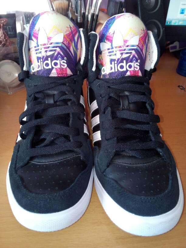 Imagen producto Adidas originales nuevas 4