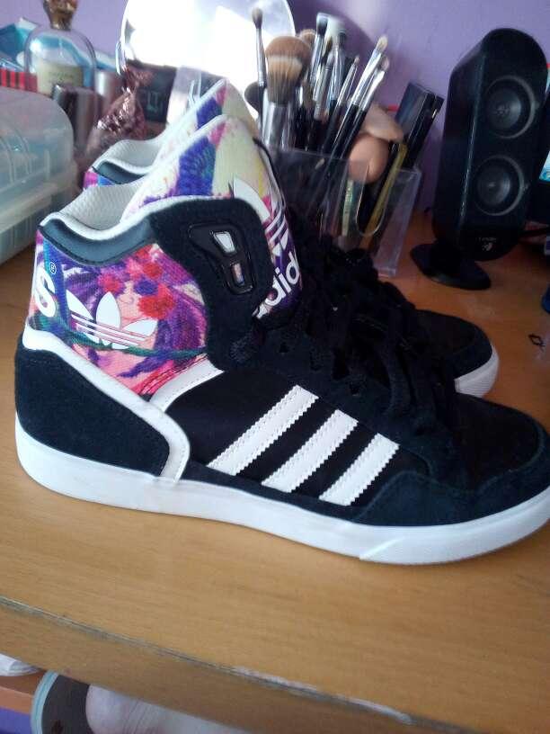 Imagen producto Adidas originales nuevas 3