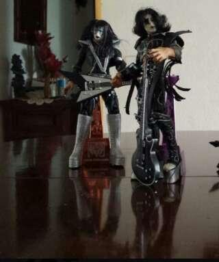 Imagen producto Kiss.Figuras Macfarlane. 2