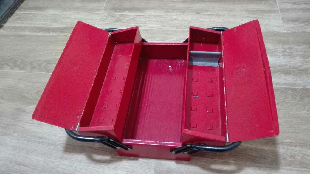 Imagen caja herramientas vintage