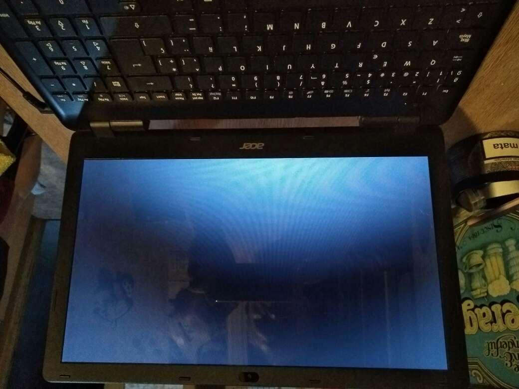 Imagen Portatil Acer E5-571-39GE