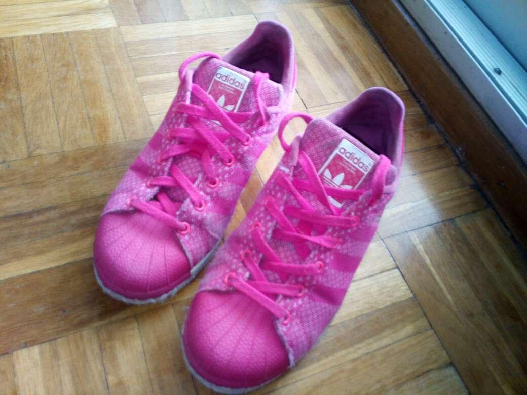 Imagen zapatillas adidas superstar
