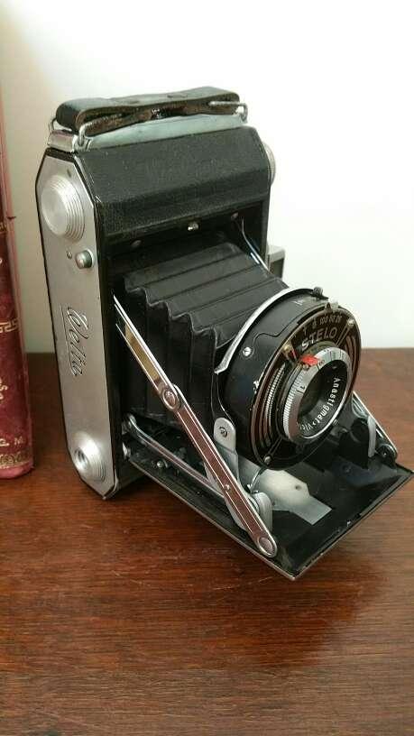 Imagen producto Camara antigua formato medio de fuelle. 2