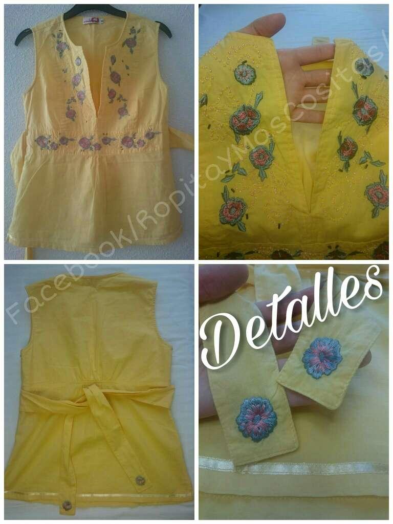 Imagen producto Como NUEVA Blusa amarilla sin mangas  4