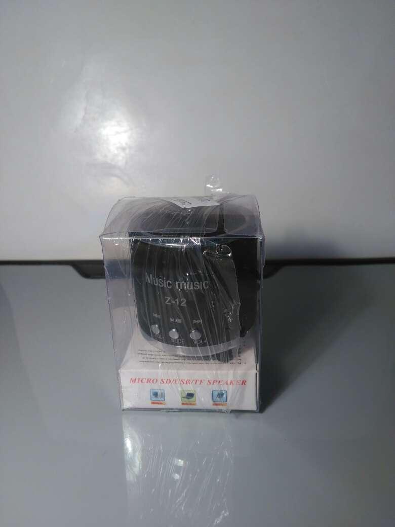 Imagen altavod radio USB