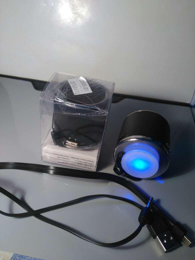Imagen producto Altavod radio USB 3