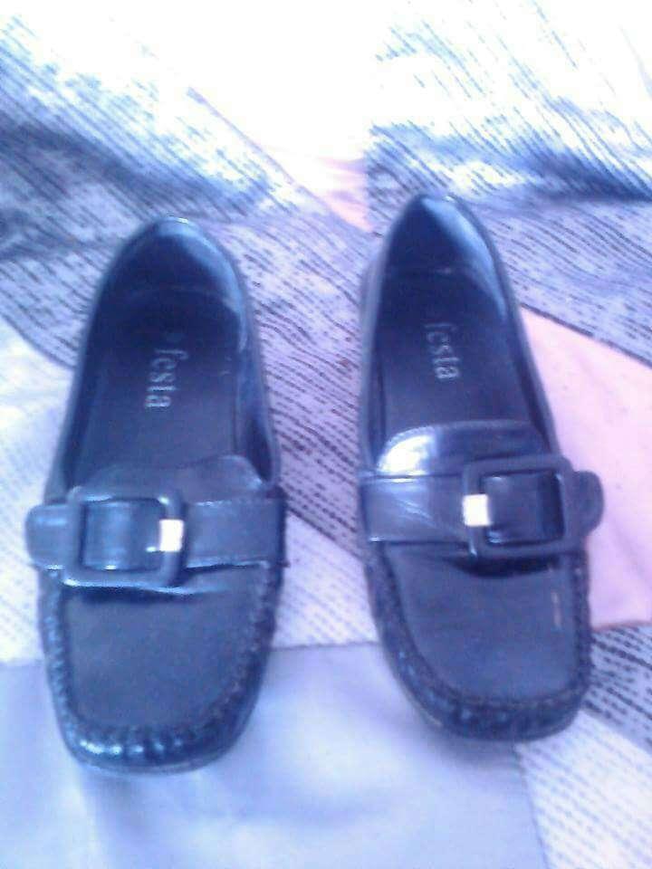 Imagen zapatos varios mujer