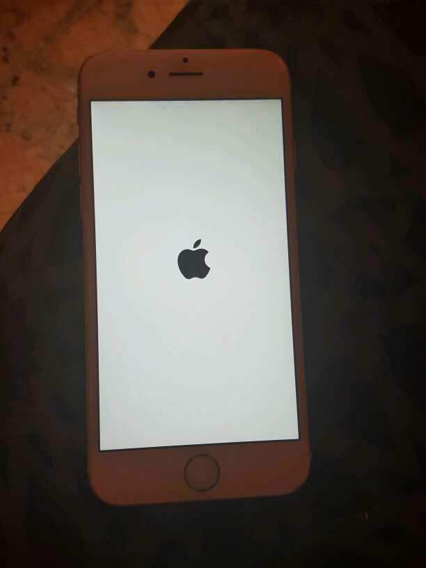 Imagen iphone 6 dorado
