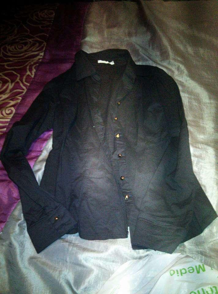 Imagen camisas y blusas negras L/2.50€