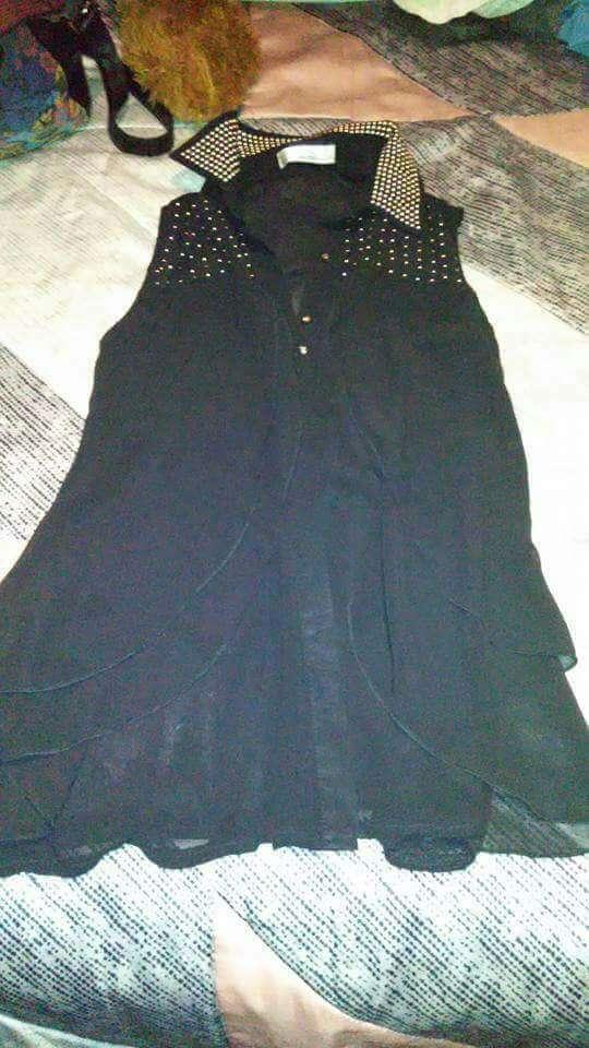 Imagen blusa negra S/M, 2.50€